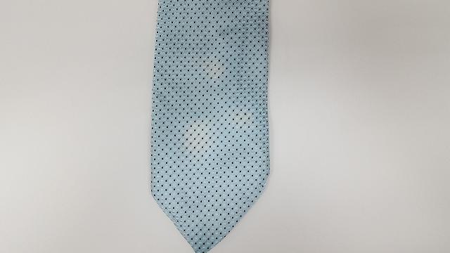 ネクタイの色抜け