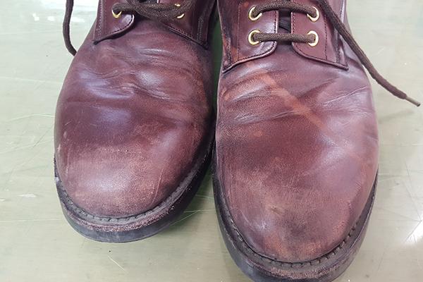 靴の日焼け、色あせ修復